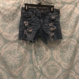 Ripped (roll up) American Eagle jean shorts